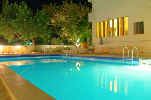 Pool at hotel Esperides Mirtos